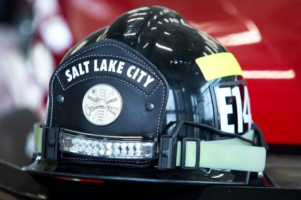 Salt Lake City Fire Department Arrow XT Ascendant 107' Heavy-Duty Tractor Drawn Aerial - TDA Tiller