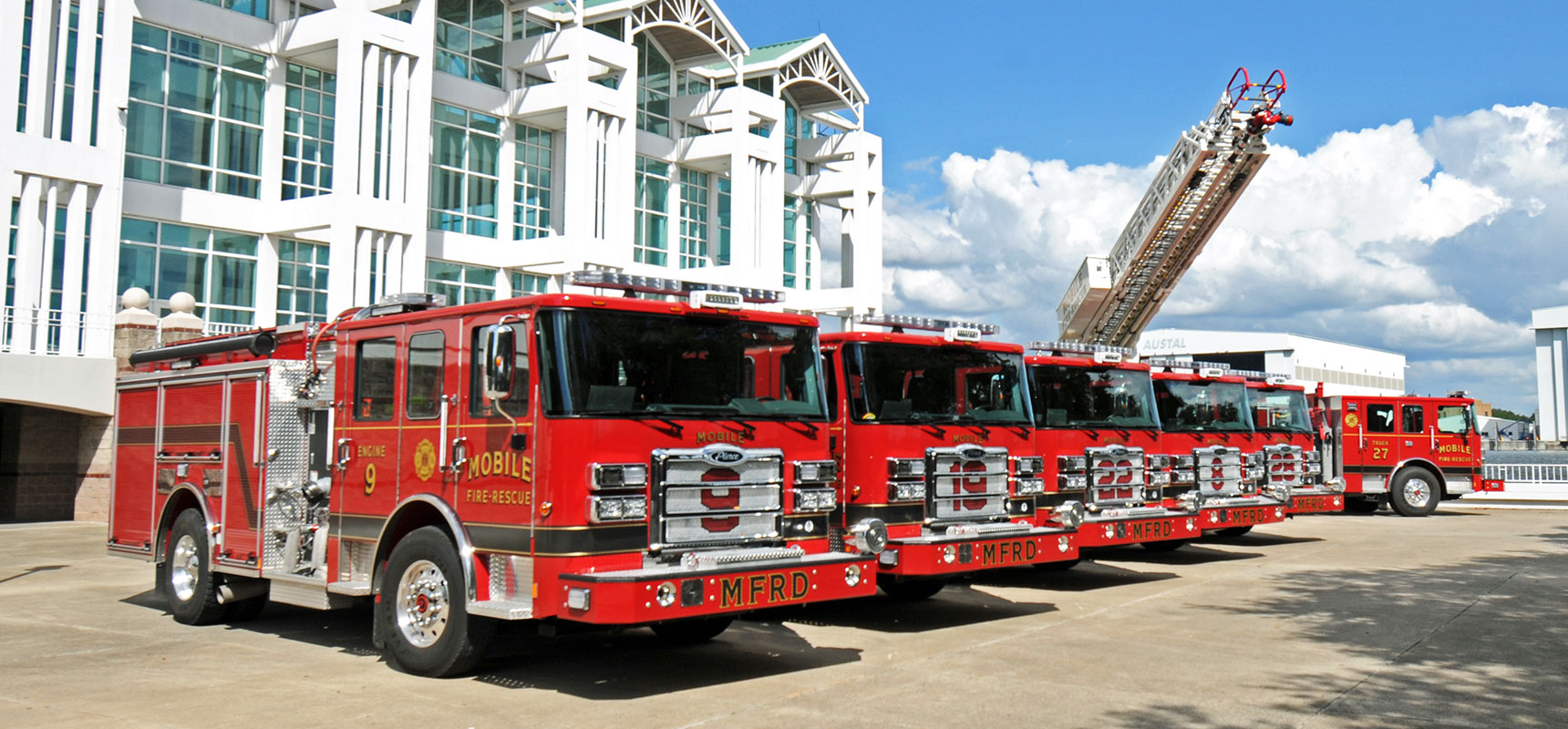 Pierce-Delivers-Five-Enforcer-Pumpers-and-an-Ascendant-107-Aerial-Ladder-to-the-City-of-Mobile-Alabama---Header