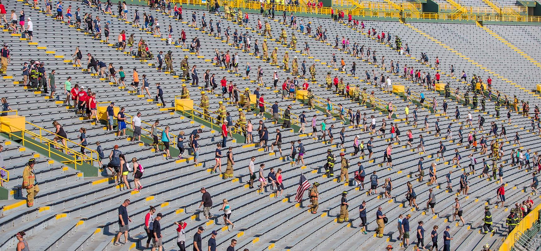 2017-Lambeau-Stair-Climb-Turnout_Header.jpg