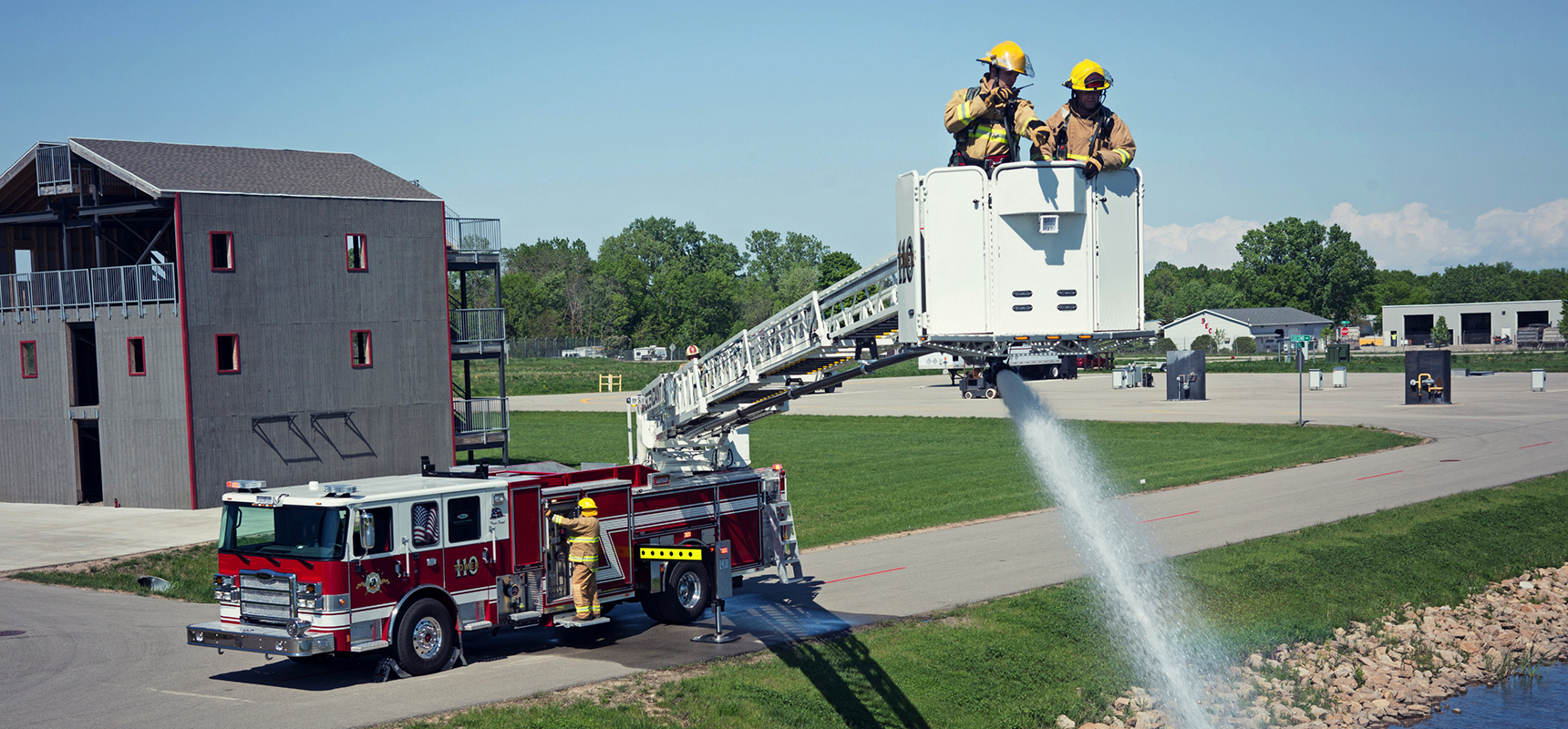 Pierce-Ascendant-110-Foot-Aerial-Platform-Purchased-by-Town-of-Taber-Fire-Dept-Header.png