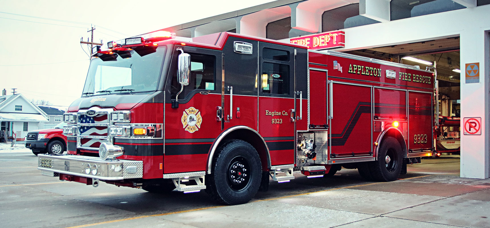 Pierce-Mfg-Delivers-the-2000th-Pierce-Ultimate-Configuration-Pumper.jpg
