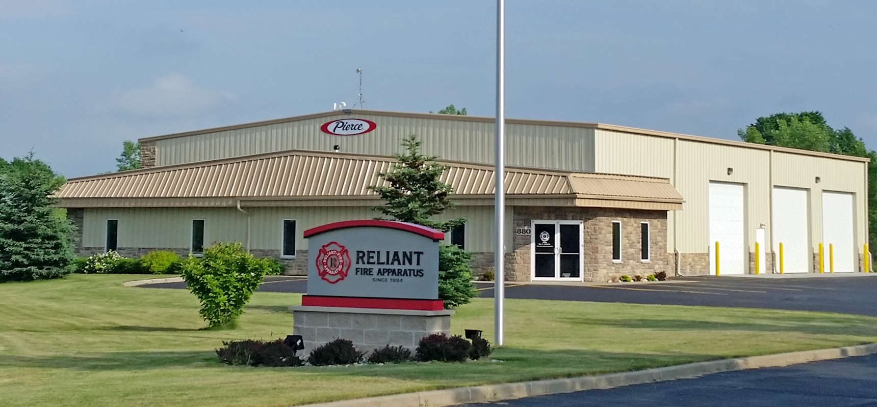 Pierce dealer, Reliant Fire Apparatus, has opened a new service center in Slinger, WI