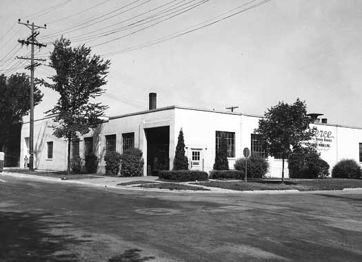 1946-old_building