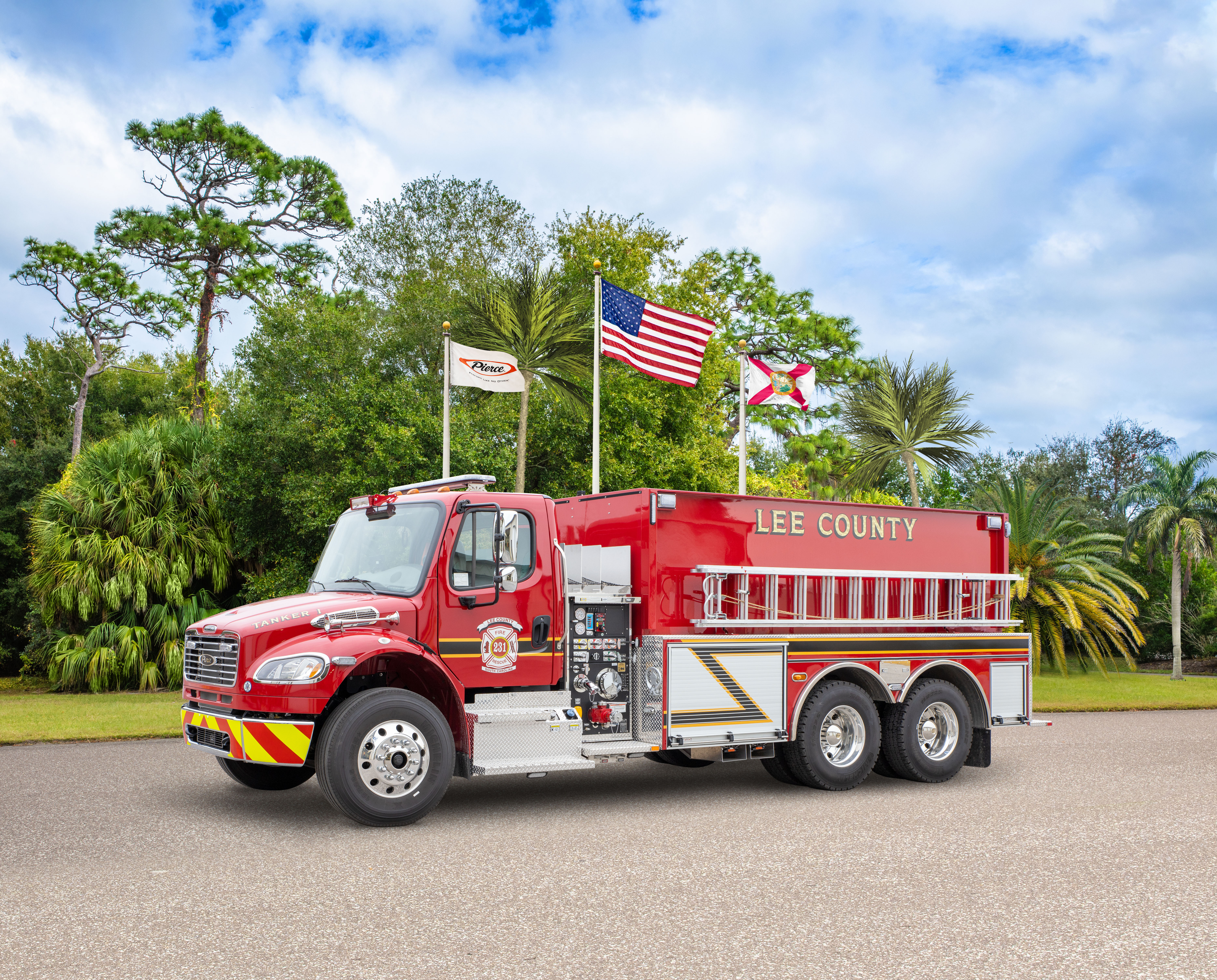 Lee County Fire & Rescue - Tanker