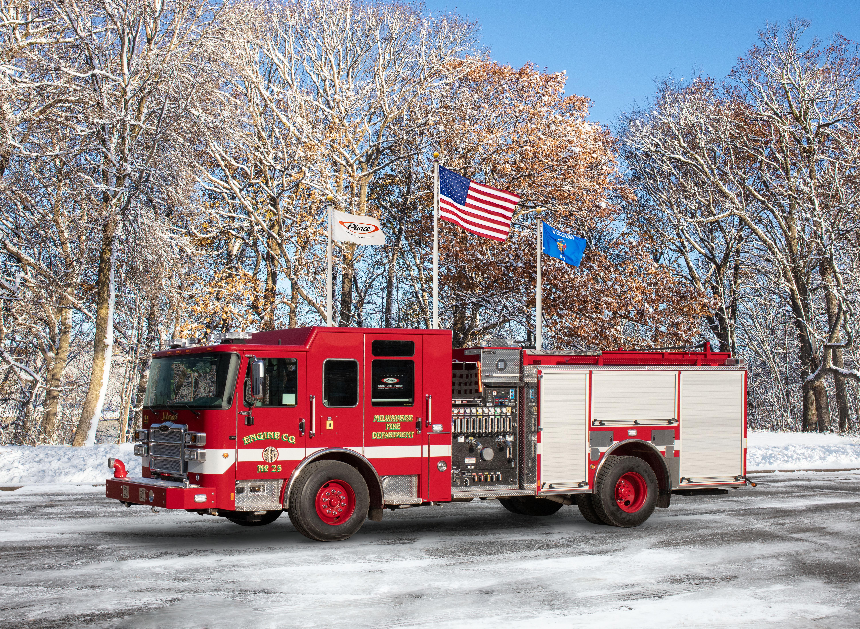Milwaukee Fire Department - Pumper