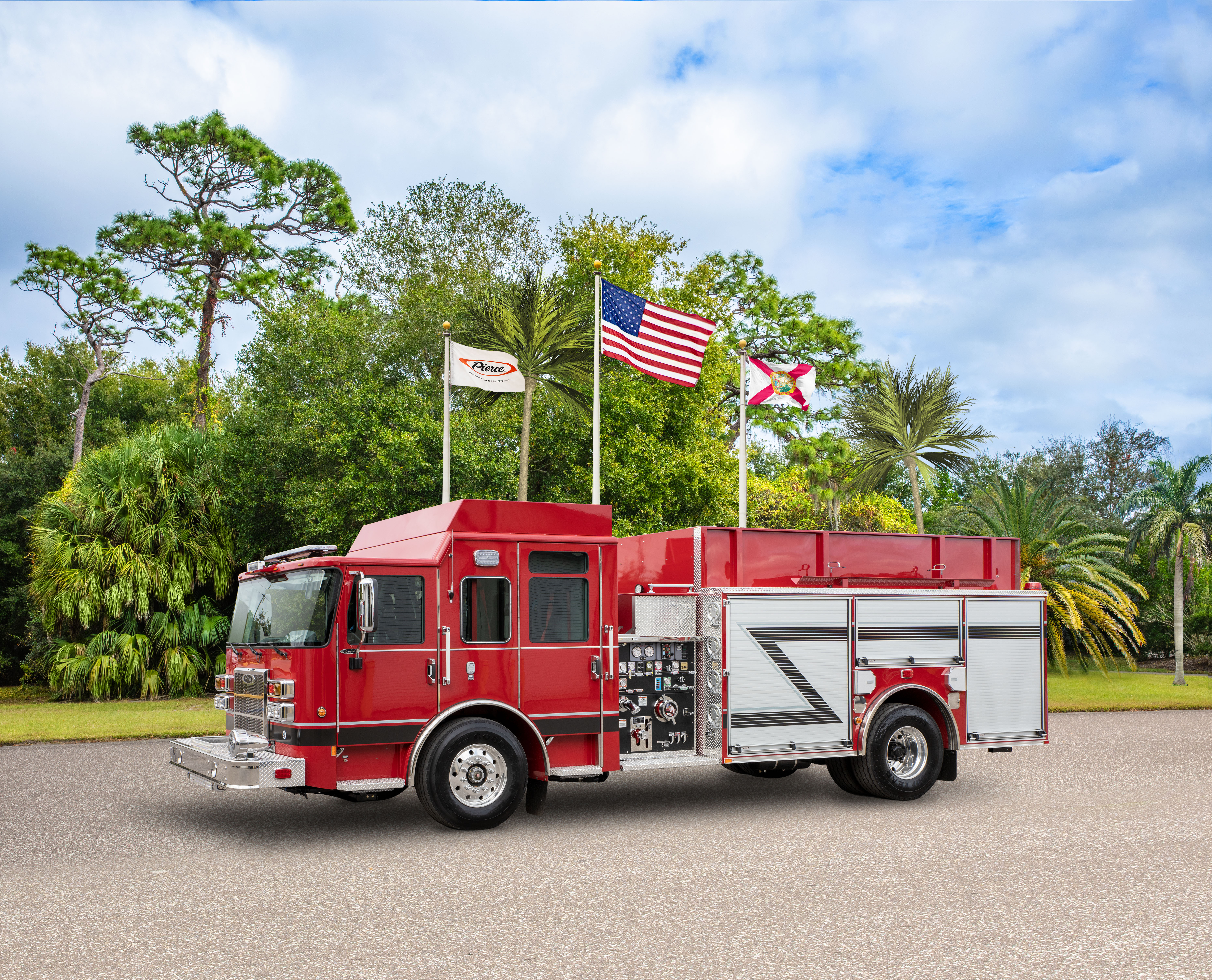 Lawrence Township Hyde Volunteer Fire Company - Pumper