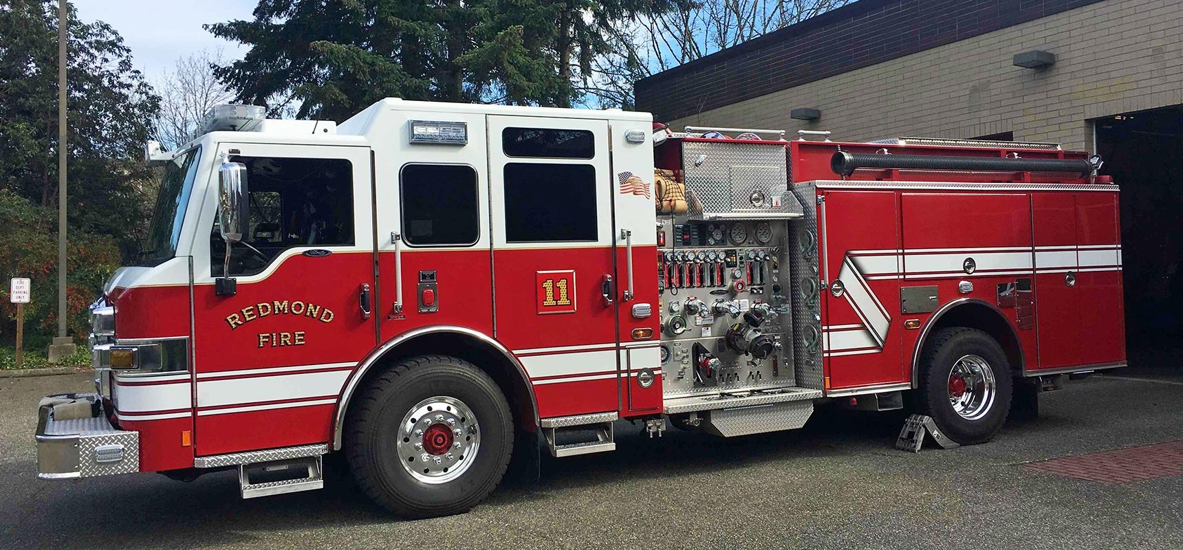 Redmond,-Wash.-Fire-Department-Takes-Delivery-of-Three-Pierce-Apparatus-Now-a-100-Percent-Pierce-Fleet_Header.jpg