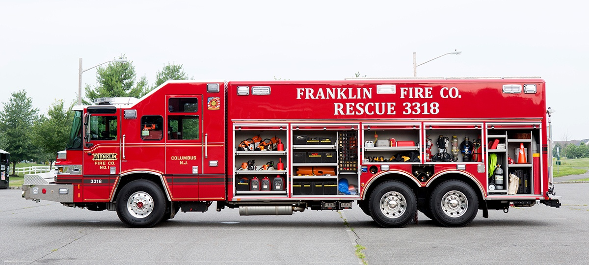 Franklin-DS-OpenCompartments.jpg